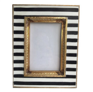 Black And White Striped Frame Oh So Pretty Events Rentals